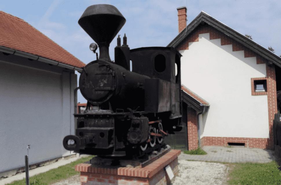 lenti_nadrazi_lokomotiva